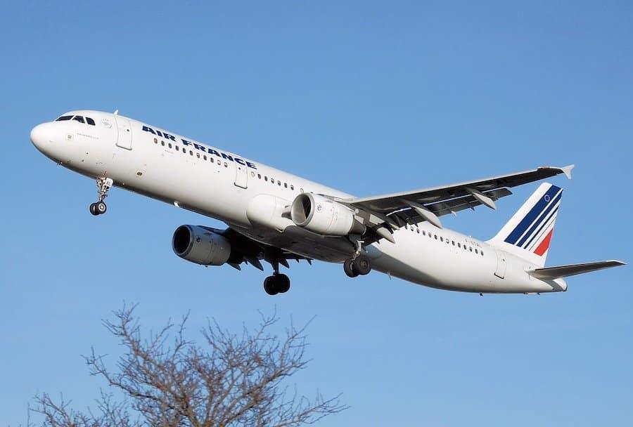Coronavirus : annulation de ses vols sans frais possible avec Air France