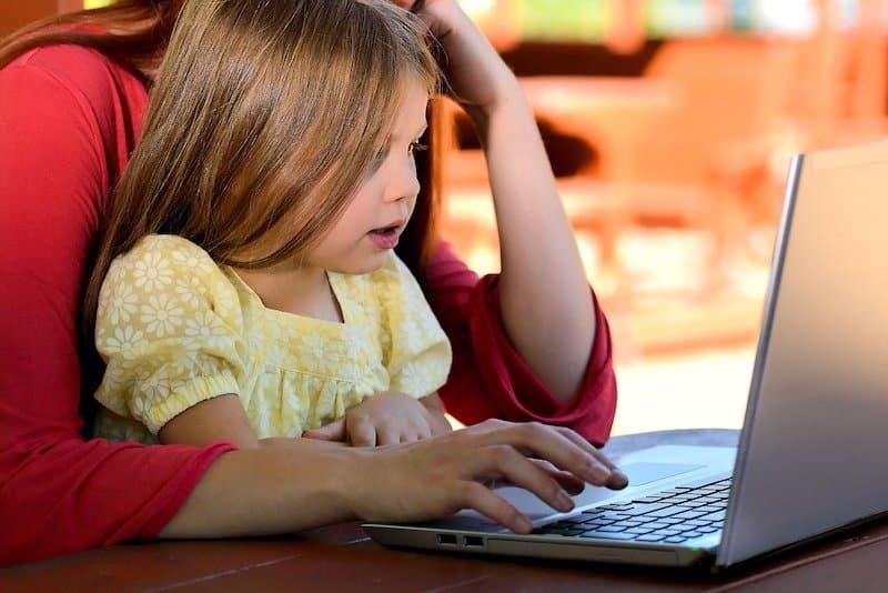 École à la maison : cours gratuits et manuels gratuits sur internet !