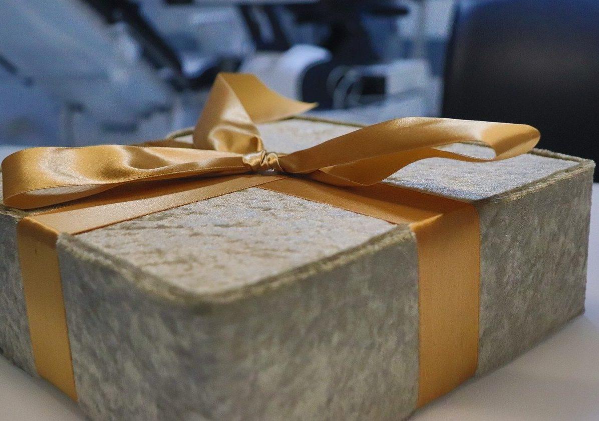 Cadeau fin d'année entreprise pas cher : quelles idées de cadeaux d'entreprise pour Noël ?